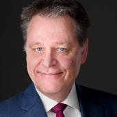 Karim Henkens, Managing Director Cegeka Nederland, DACH & Nordics
