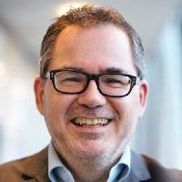 Jan van den Brink_200x200