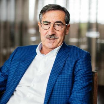 CEO André Knaepen